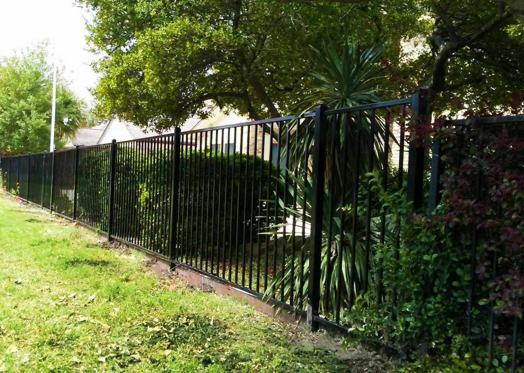 Fence Companies Carrollton TX Iron fences Carrollton Fence Companies