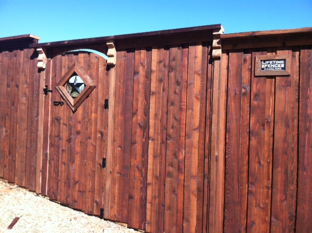 Cedar wood fence cost interesting wood fence costs with for Cheap tall privacy fence