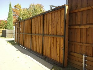 Plano Fence Companies | Driveway gate installation plano automatic gates