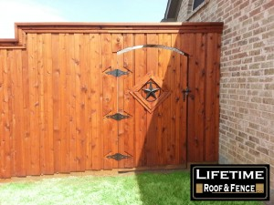 cedar wood privacy fences Denton tx 8 ft board on board fence Denton
