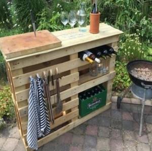 Cooler Stand Pallet Grilling Station