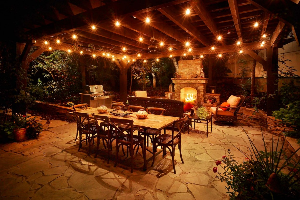outdoor-kitchen-with-lights-patio