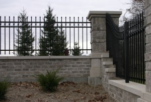 better choice steel fence or aluminum fence what is the difference