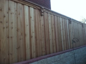 wood privacy fence Lewisville tx 8 ft board on board fences