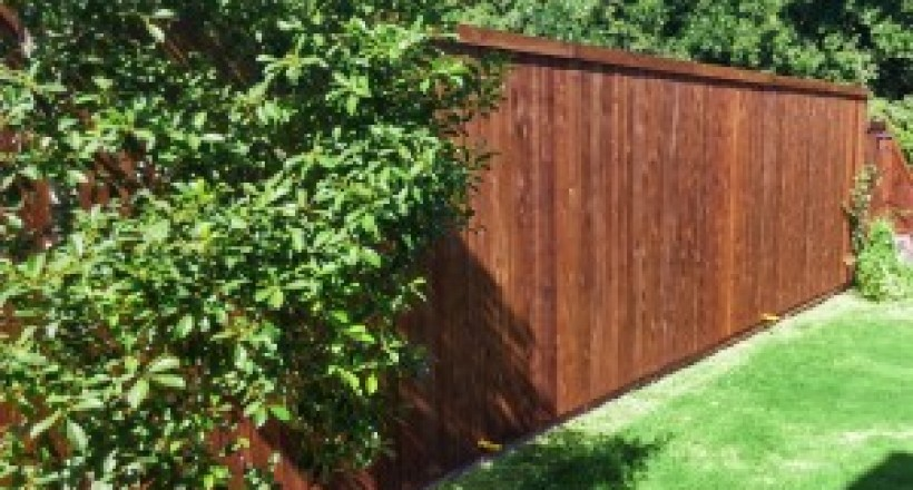 3 Reasons Why You Should Replace Your Fence While It's Cold Outside