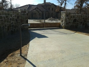 electric automatic swing gate Houston tx
