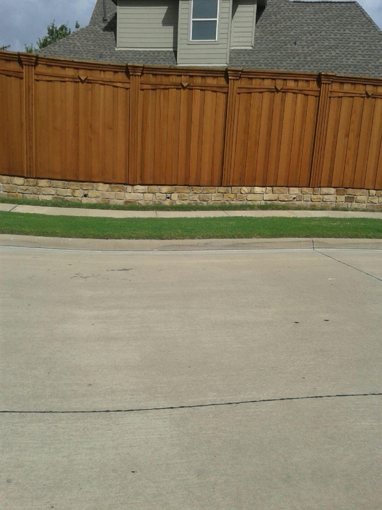Privacy Fence W Arched Trim Custom Boxed Posts Corbels