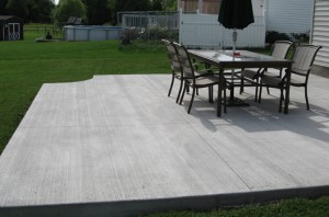 Concrete Patio w/ Broom Finish